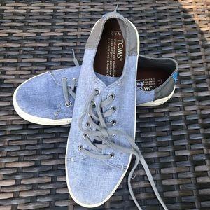 Toms shoes Grey lace-up Oxford W 7.5 EUC